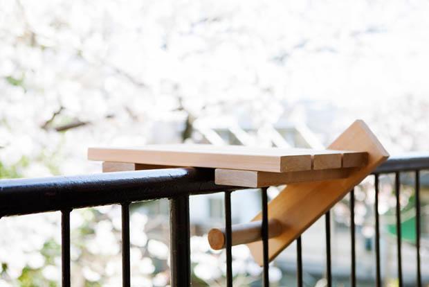 โต๊ะไม้ แบบพกพา สำหรับวางแก้วน้ำ