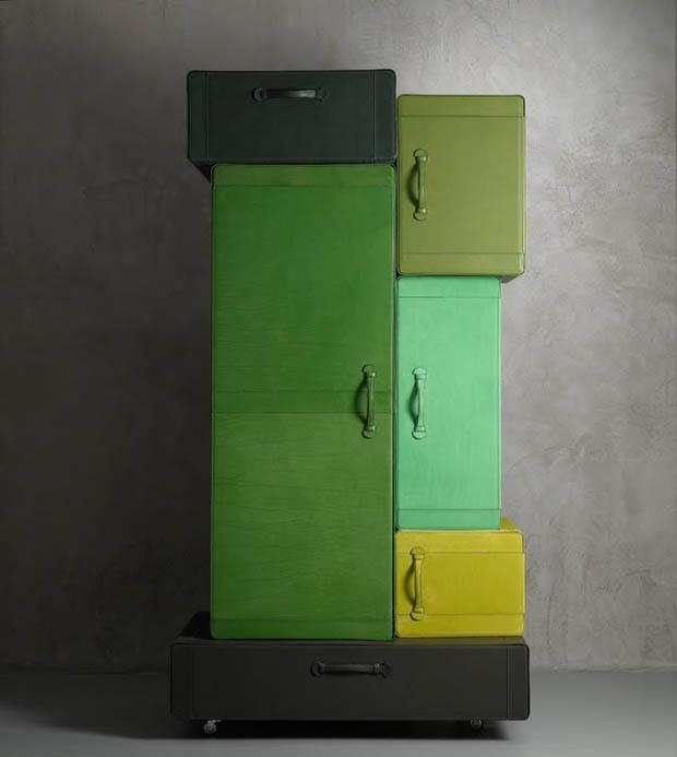 ตู้เส้อผ้าทำจากหนัง
